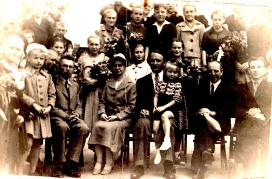 Zakończenie roku szkolnego – czerwiec 1944 r., Dąbrówka