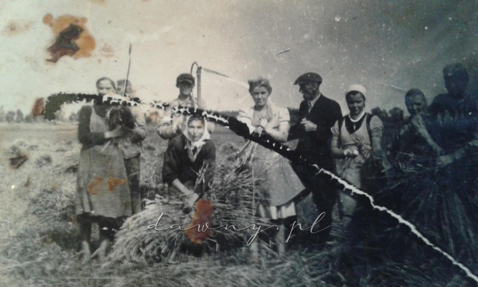 m.in siostry Rudnikówny, zarządca i inni mieszkańcy Jasienicy