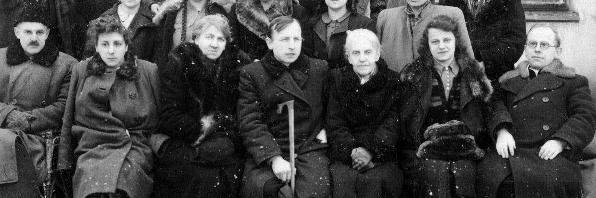 Rada Pedagogiczna i kl. I Liceum - rok 1945