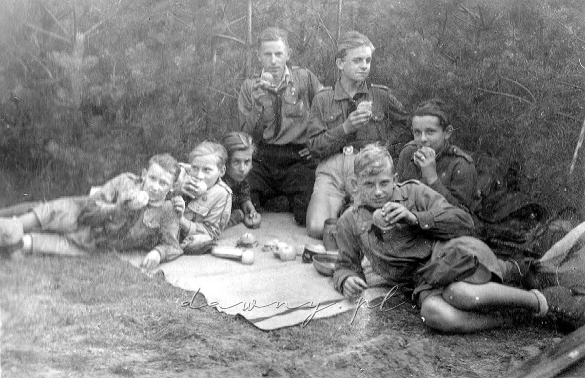 """Zastęp """"Orłów"""", 12 października 1946"""
